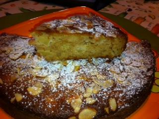torta de manzanas y almendras