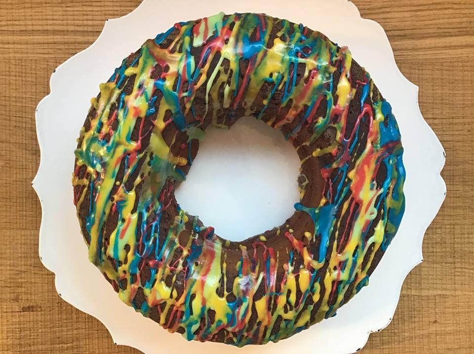 torta multicolor
